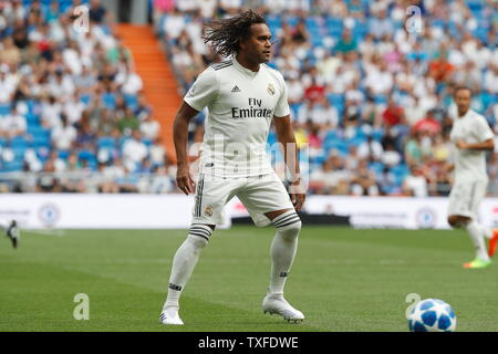 Madrid, Spain. 23rd June, 2019. Christian Karembeu (Real) Football/Soccer : Friendly 'Corazon Classic Match 2019' between Real Madrid Leyendas 5-4 Chelsea Legends at the Santiago Bernabeu Stadium in Madrid, Spain . Credit: Mutsu Kawamori/AFLO/Alamy Live News - Stock Image