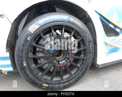 Ford fiesta RS WRC rally car shown at donnington park race circuit at the RS owners club national day in kroon oil livery after the ADAC rallye germany Deutschland 2018 close up of alloy wheel and competition racing brakes and suspension - Stock Image
