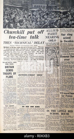 'Churchill put off tea-time talk'  Daily Express VE Day Second World War 2 WWII archive newspaper article in London England UK 8 May 1945 - Stock Image
