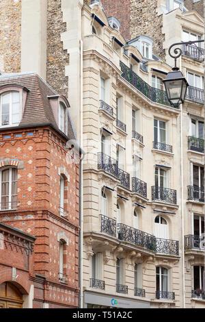 French Architecture along Rue Chanoinesse near Cathedral Notre Dame on Ile-de-la-Cite, Paris, France - Stock Image