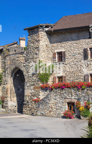 The medieval village of Yvoire - Stock Image