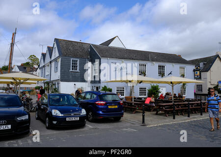 The Lighter Inn pub in Topsham, Devon, UK - Stock Image