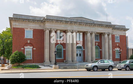 HICKORY, NC, USA-19 AUG. 2018:  Originally the U.S. Post Office, the building now serves as offices for other federal agencies. - Stock Image