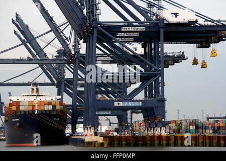 Deep water berth 8&9 Port of Felixstowe Suffolk UK - Stock Image