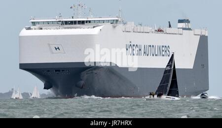 Cowes, UK. 4th Aug, 2017. Lendy Cowes Week Sailing All classes Credit: Leo Mason sports photos/Alamy Live News - Stock Image