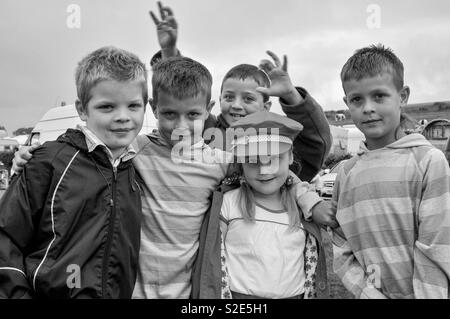Group of gypsy kids in camp - Stock Image
