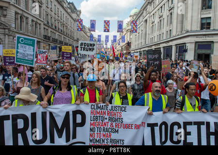 London, United Kingdom. 13 July 2018. Huge numbers of people turned out to protest US president Donald Trump's visit to the UK. Credit: Peter Manning/Alamy Live News - Stock Image