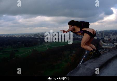 UK Naked BASE 1 BASE Jumping naked off Hilton Hotel Hyde Park London Great Britain - Stock Image