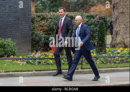 London, United Kingdom. 15 January 2019. Jeremy Hunt, Secretary of State for Foreign and Commonwealth Affairs and Sajid Javid, Secretary of State for the Home Department arrives at 10 Downing Street for the weekly cabinet meeting ahead of the critical Brexit vote. Credit: Peter Manning/Alamy Live News - Stock Image
