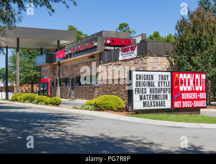 HICKORY, NC, USA-23 AUG 2018: A Cook Out restaurant, a privately-owned fast food chain located primarily in southeast USA. - Stock Image
