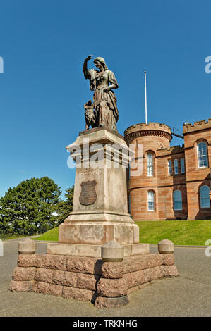 INVERNESS CITY SCOTLAND CENTRAL CITY THE FLORA MACDONALD STATUE IN FRONT OF THE RED STONE CASTLE - Stock Image