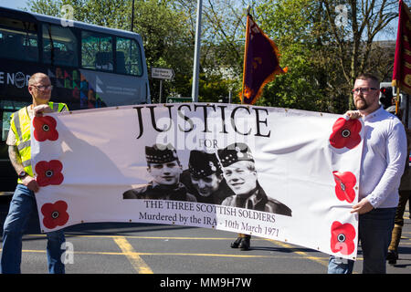 6th May 2018, Manchester UK. Two marchers head the Apprentice Boys of Derry parade, publicising the Justice for The Three Scottish Soldiers campaign. - Stock Image