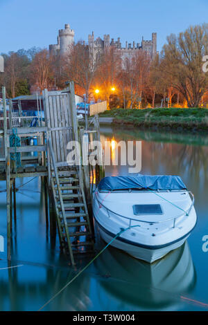 Dawn on river Arun in Arundel, West Sussex, England. - Stock Image
