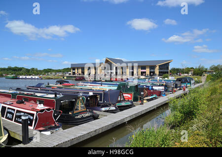 Mercia Marina, Europe's largest inland marina just off the Trent & Mersey Canal in Derbyshire near the village - Stock Image