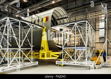 A Boeing 787 centre fuselage one-piece-barrel in production-line at the Alenia Grottaglie Factory - Stock Image