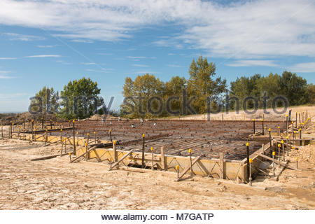 Biulding process: foundation and floor ready for pouring concrete - Stock Image