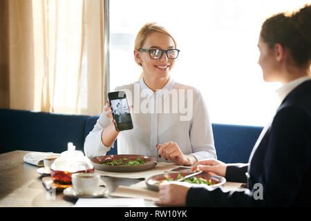 Talk by business lunch - Stock Image