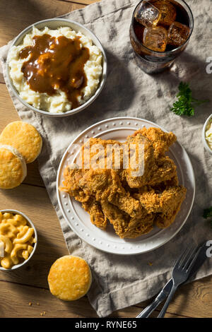 Homemade Southern Fried Chicken Dinner with Sides - Stock Image