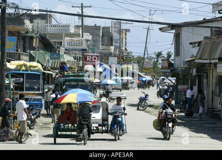 Street scene in Roxas, Oriental Mindoro, Philippines. - Stock Image