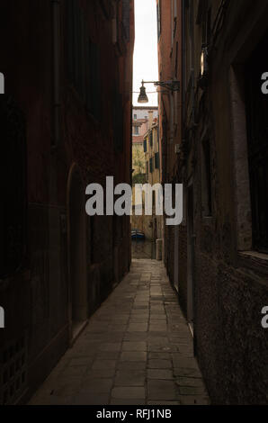 A Narrow ally in Venice Italy - Stock Image