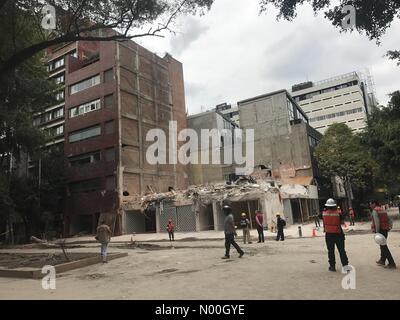 Ciudad de México, Ciudad de México, Mexico. 23rd Sep, 2017. Whats remains of a seven story apartament - Stock Image