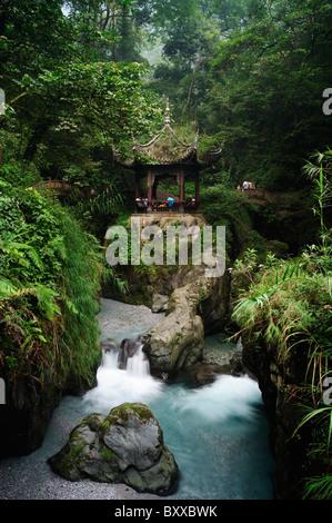 Qingyin Ge (Pure Music Pavillion), Emei Shan (Emei Mountain), Sichuan, China. - Stock Image