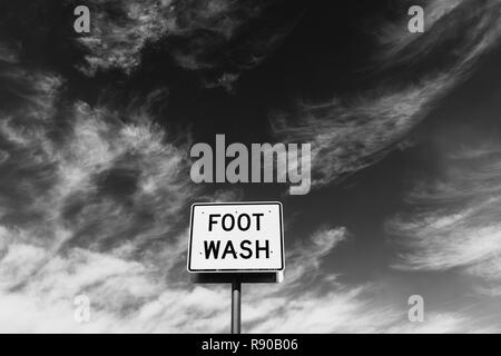 FOOT WASH sign at roadside rest stop - Stock Image