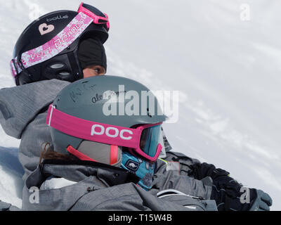 Quebec, Canada. , . A couple of very young skiers watching the Canadian Moguls Championship Series presented by Toyota at Val Saint-Come Credit: richard prudhomme/Alamy Live News - Stock Image