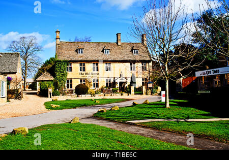 The Dial House, Bourton on Water, Cotswolds, Gloucestershire, England - Stock Image