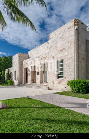 The Bass Museum of Art, 2100 Collins Avenue, Miami Beach, Floria, USA - Stock Image