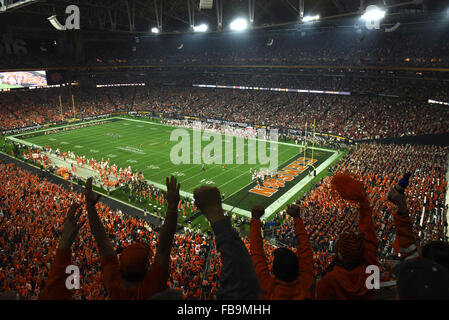 Glendale, AZ, USA. 11th Jan, 2016. Fans of Clemson react to a 3rd quarter touchdown during the 2016 College Football - Stock Image