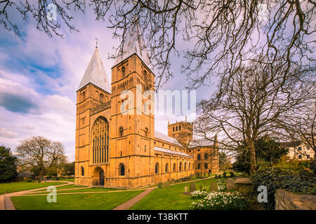 The West Front and south side of Southwell Minster which is the Cathedral Church of Nottinghamshire and dates back to the 11th and 12th centuries. - Stock Image
