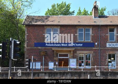 Pollokshaws West Scotrail train station on the southside of Glasgow, Scotland, UK - Stock Image