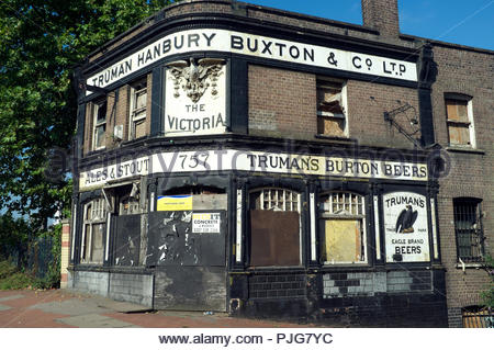 The Victoria - derelict pub on Woolwich Road in Charlton in south east London, UK. - Stock Image