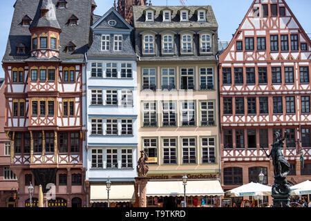 The Ršmer, City Hall of Frankfurt am Main, Ršmerberg Platz, landmark of the city, rows of houses Samstagsberg, - Stock Image