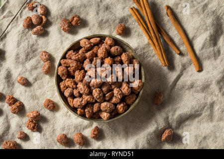 Homemade Cinnamon Sugar Almonds Ready to Eat - Stock Image