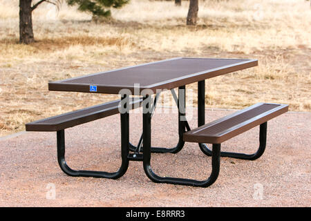 Littleton, Colorado - A picnic table with a handicap sign at a campground at Chatfield Reservoir - Stock Image