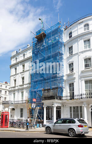 House renovation with scaffolding, Prince's Square, Bayswater, City of Westminster, Greater London, England, United Kingdom - Stock Image