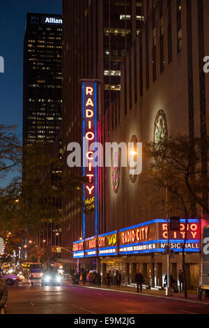 Rockefeller Center Night New York City 30Rock Fall - Stock Image