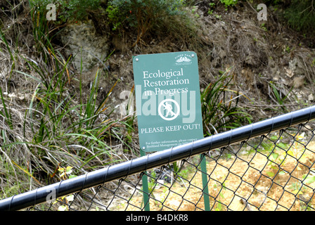 'Please Keep Out' sign for Ecological Restoration in Progress area. Kings Park, Perth, Western Australia - Stock Image