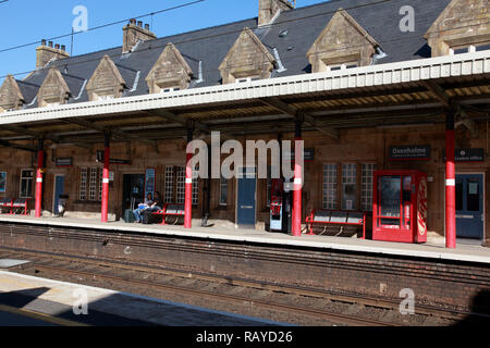 Platform 1 at Oxenholme station in the Lake District, Cumbria, northern England - Stock Image