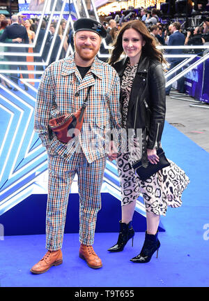 Leigh Francis and Jill Carter attending the Rocketman UK Premiere, at the Odeon Luxe, Leicester Square, London. - Stock Image
