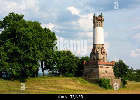 Deutschland, Nordrhein-Westfalen, Wetter (Ruhr), der Harkortturm ist ein Aussichtsturm auf dem Hartkortberg - Stock Image