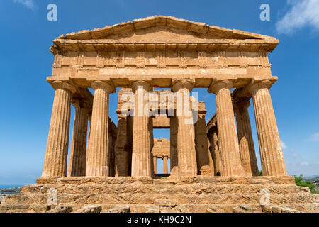 Temple of Concordia, Valley of the Temples, Agrigento, Sicily, Italy. Doric Style Greek temple, notably the UNESCO - Stock Image