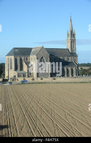 Church in Plougrescant, Brittany, France - Stock Image
