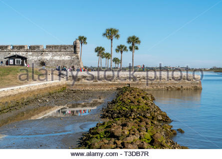A school tour group at the Castillo de San Marcos, a Spanish fortification at St. Augustine, Florida USA - Stock Image