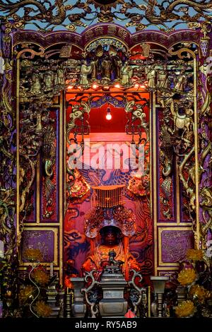 Vietnam, Ho Chi Minh City, district 5, Hoi Quan Quynh Phu pagoda - Stock Image