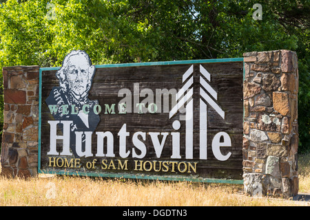 Welcome to Huntsville sign home of Sam Houston Texas - Stock Image