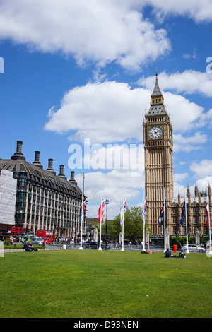 Parliament square Westminster green, Elizabeth tower Big Ben, London England. - Stock Image