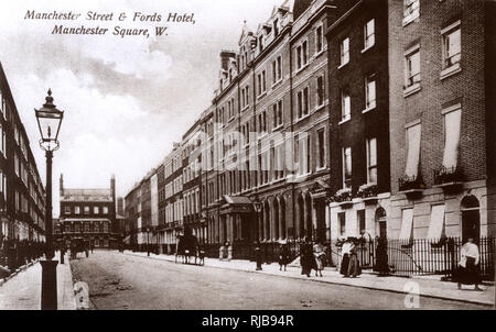 Manchester Street, Manchester Square, London, with Fords Hotel on the right. - Stock Image